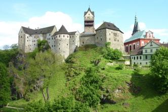 Zugfahrt und Wanderung von Karlsbad nach Loket